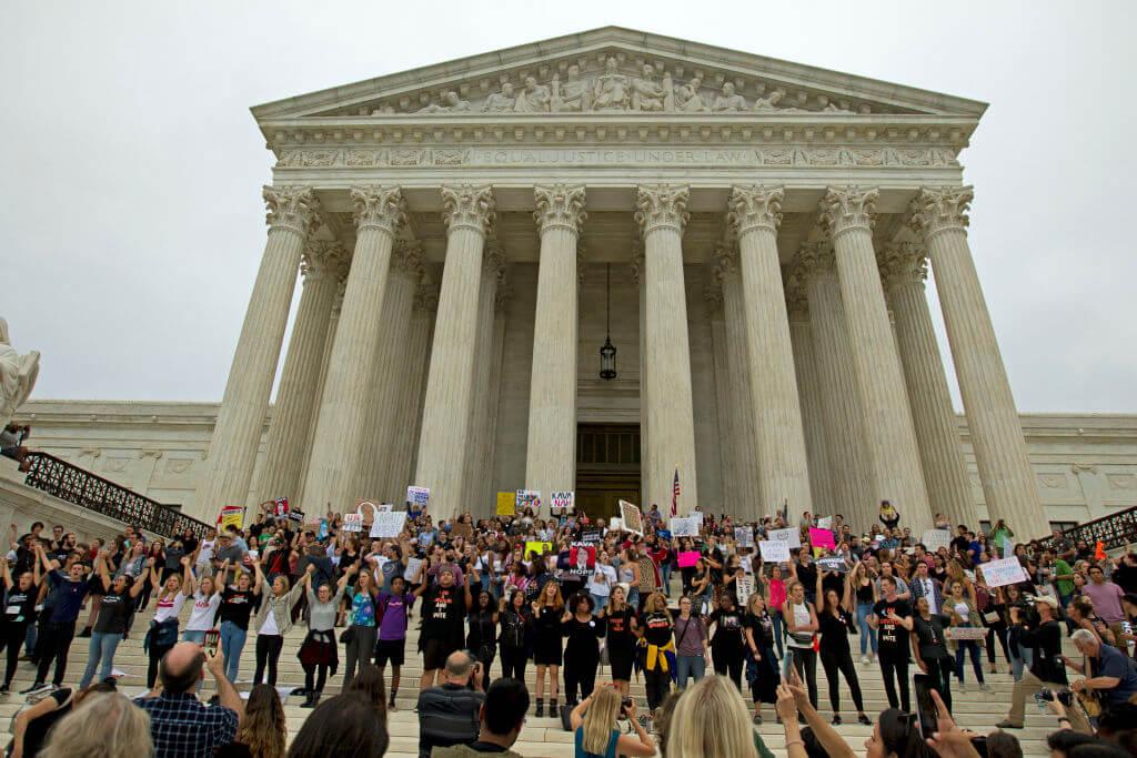 US-POLITICS-COURT-PROTEST