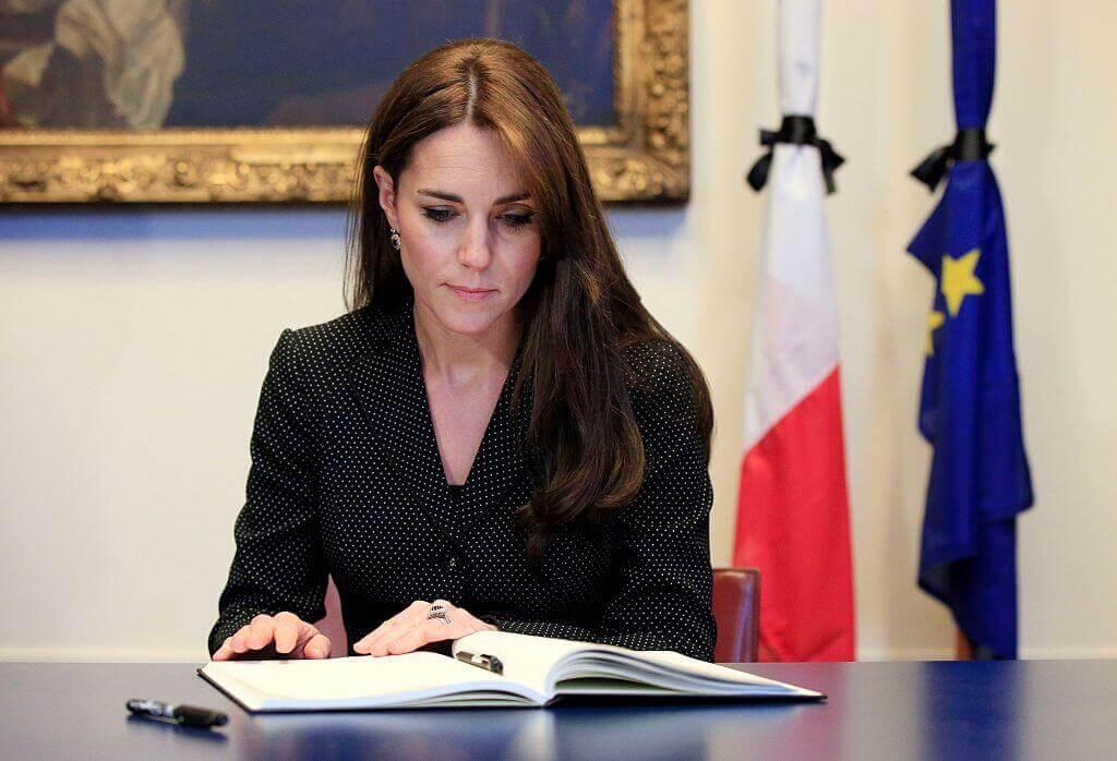 Kate-Middleton-3-85379-72073.jpg