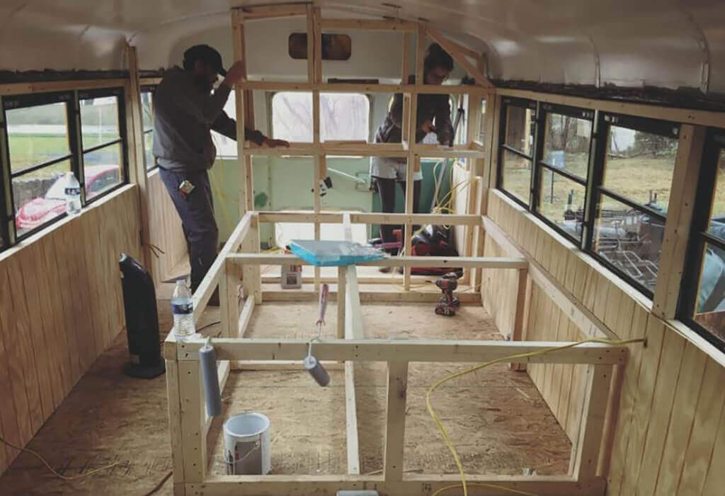couple-builds-dream-home-school-bus_005.jpg-52278