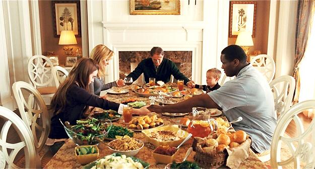 Michae-Oher-Family-Dinner-31982.jpg