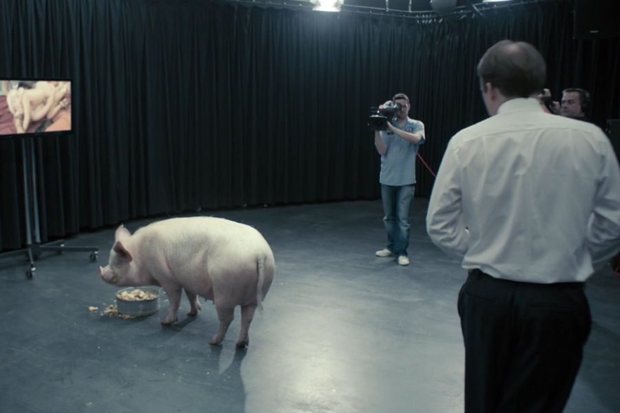 black mirror pilot episode pig