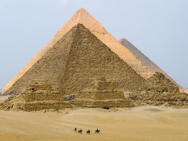00-pyramid-13862-81723.jpg