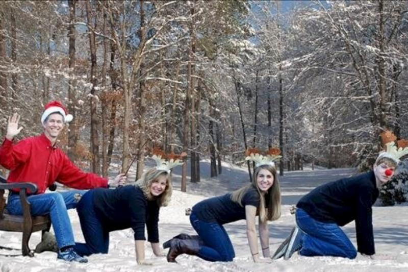 christmas-photo-awkward-102941-24039.jpg