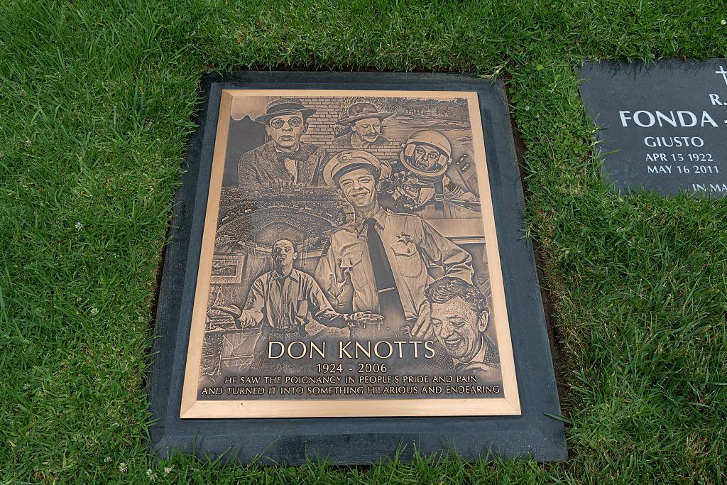 don-knotts-grave-90139-47859.jpg