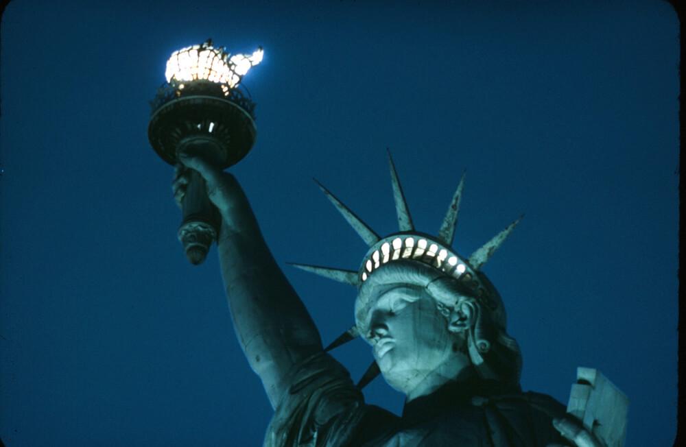 statue-of-liberty-_jan1942_007-71429-25910.jpg
