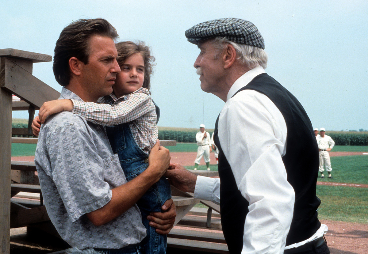 Kevin Costner And Gaby Hoffmann In 'Field Of Dreams'