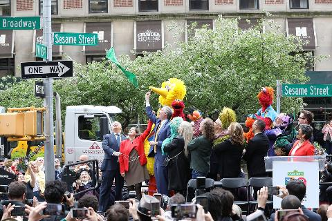 Bill de Blasio and the cast and crew of Sesame Street attend the Sesame Street sign unveiling on May 1, 2019 on the Upper West Side in New York City.