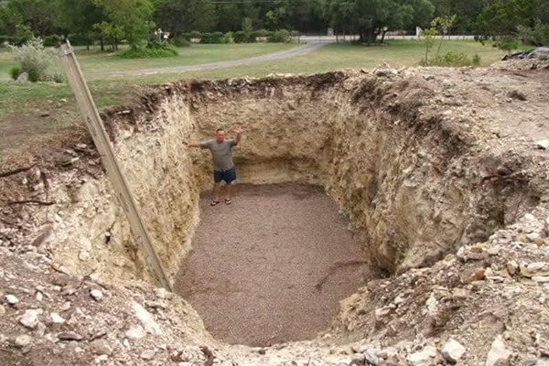 dig a hole 1