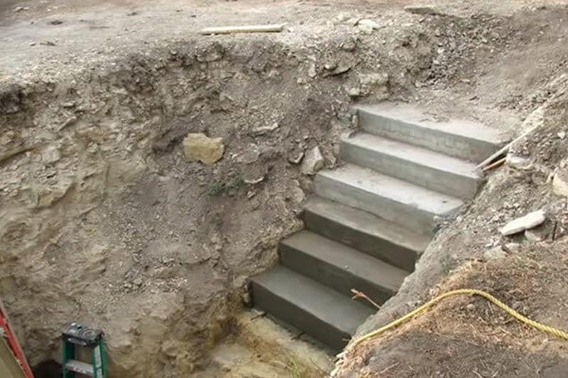dig a hole 9