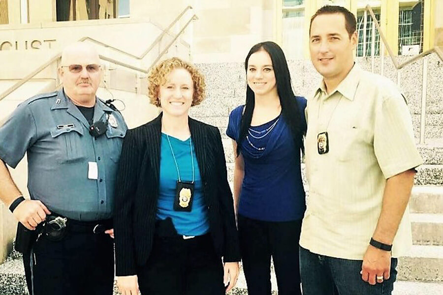 klynn-with-colvin-and-other-officers-98004