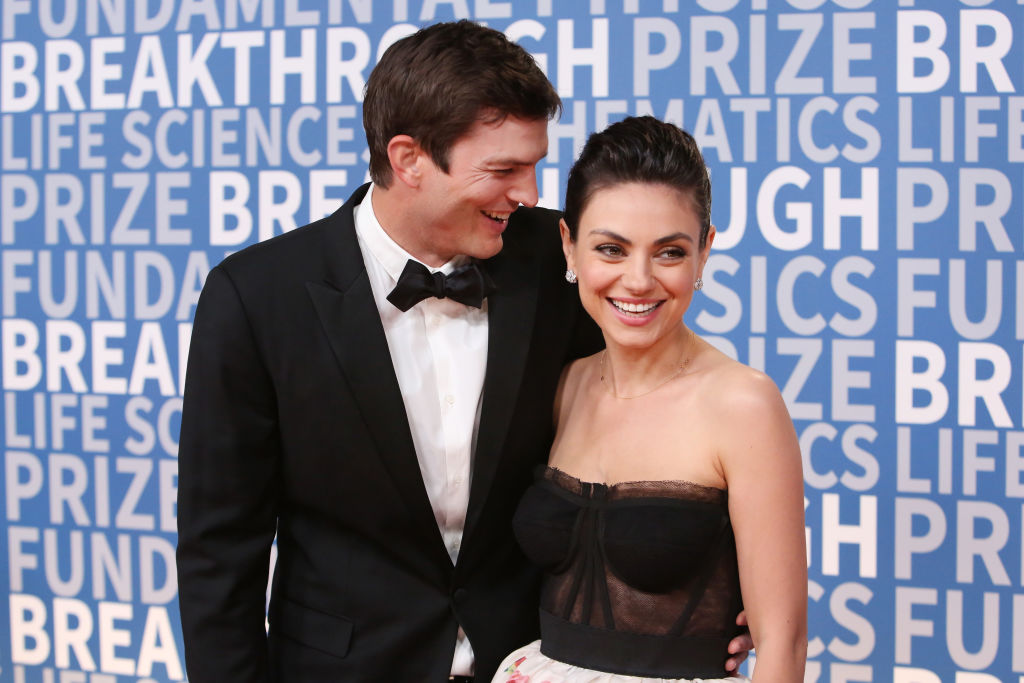 mila kunis ashton kutcher  attend the 2018 Breakthrough Prize at NASA Ames Research Center