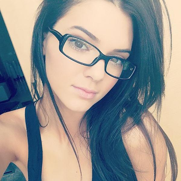 Kendall-Jenner-39989