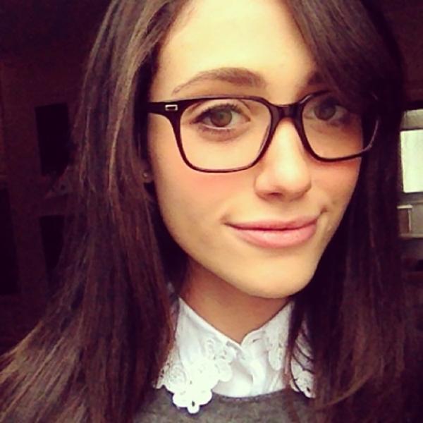 emmy-rossum-glasses-4-51275