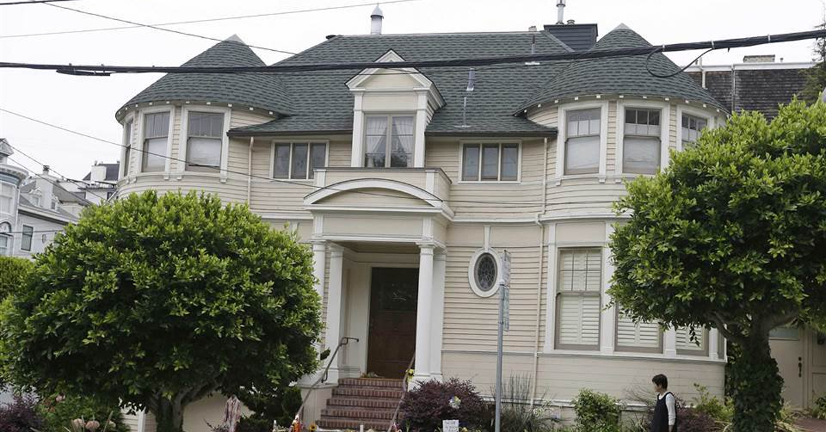 exterior of the house from mrs. doubtfire with two large trees in front