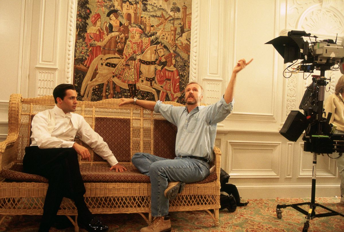 Billy Zane and James Cameron behind the scenes