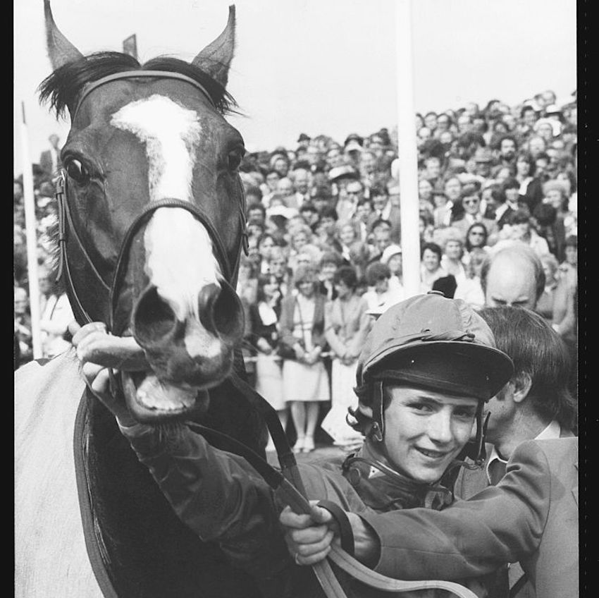 GettyImages-613499178 Young jockey W. R. Swinburn holds Shergar, owned by the Aga Khan, 1981.