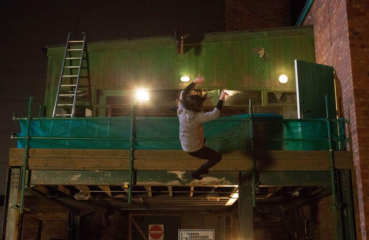michelle keegan doing a stunt fall on coronation street