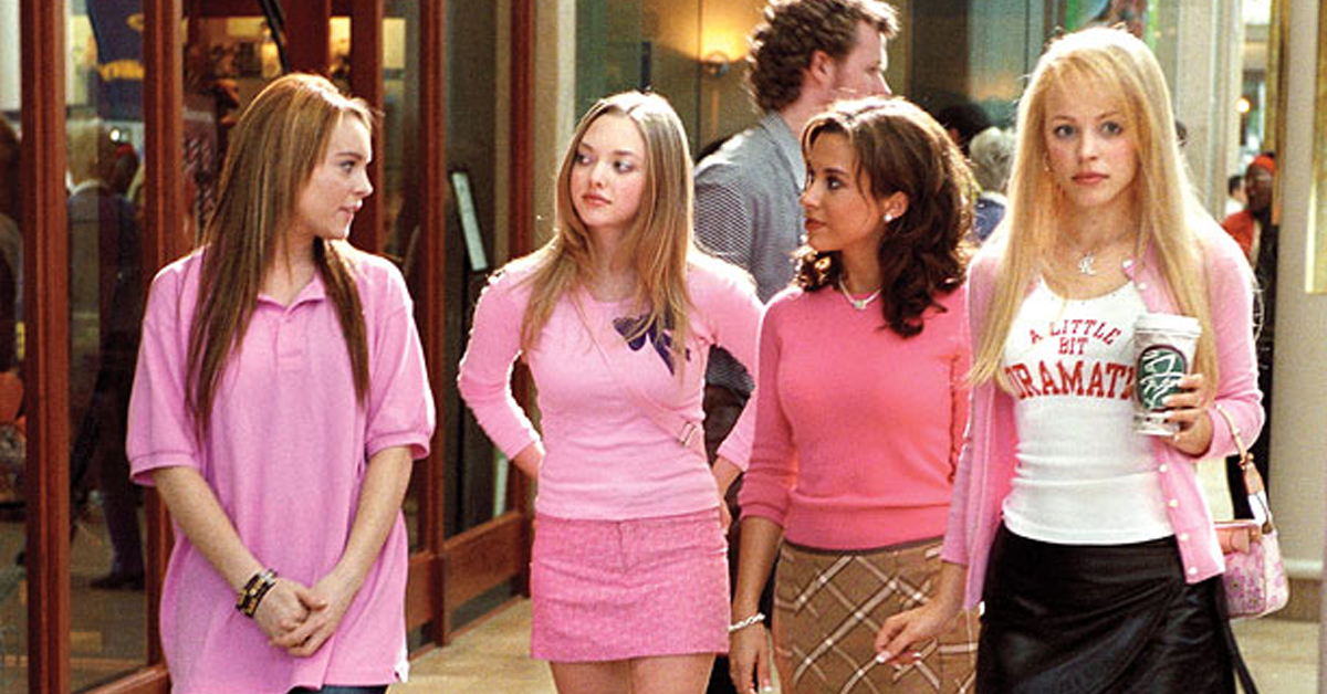 lindsay lohan, amanda seyfried, lacey chabert, and rachel mcadams in a mall in mean girls