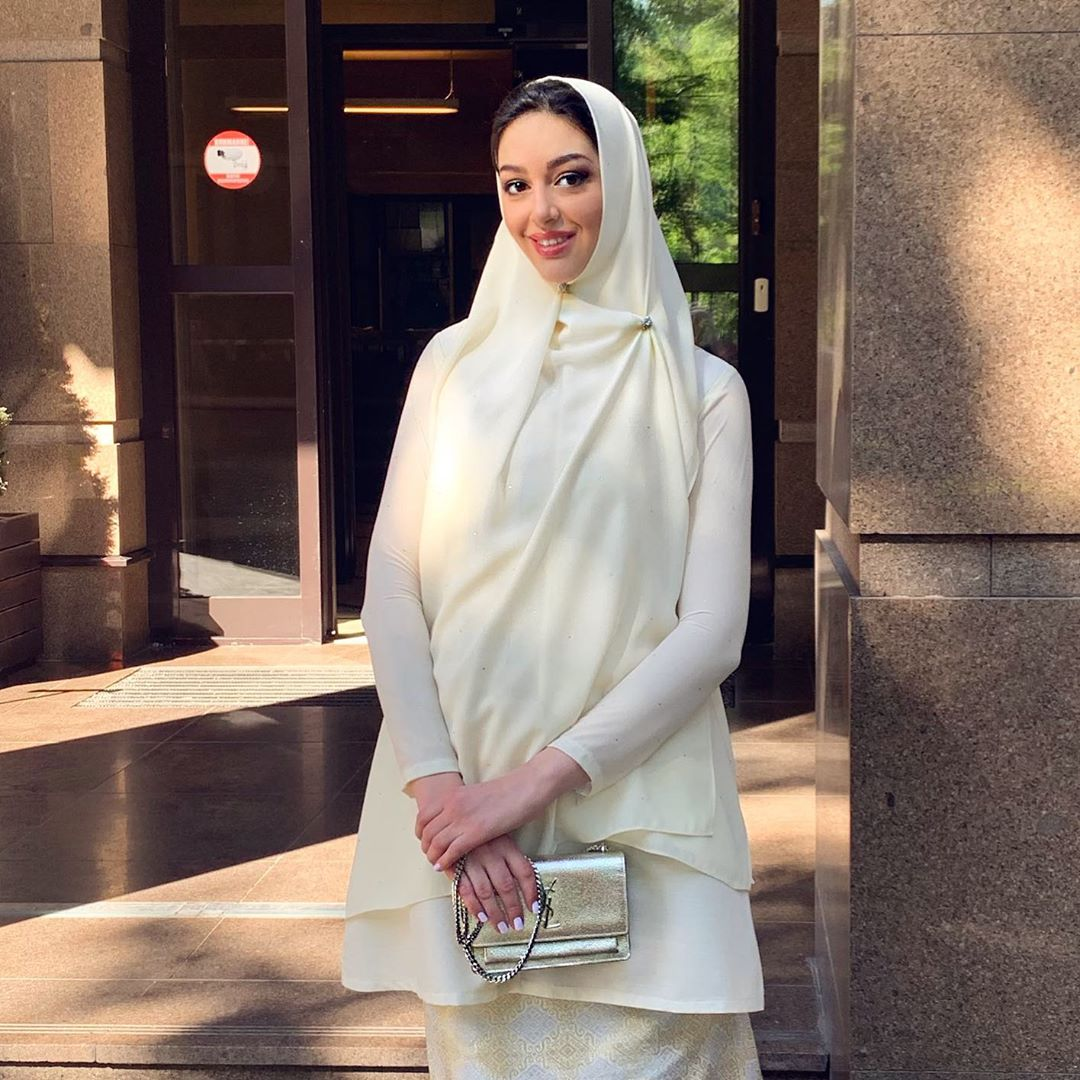 rihana petra wearing a white hijab