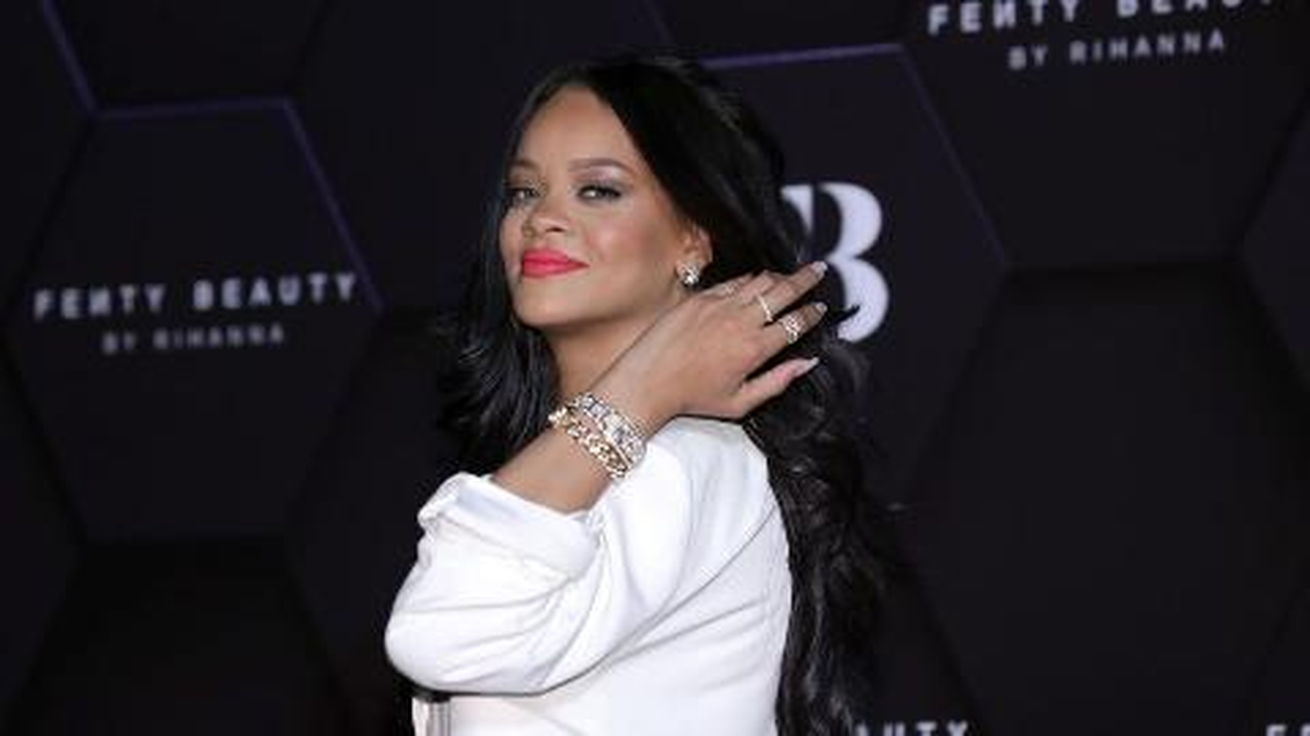 Rihanna attends a Fenty Beauty event