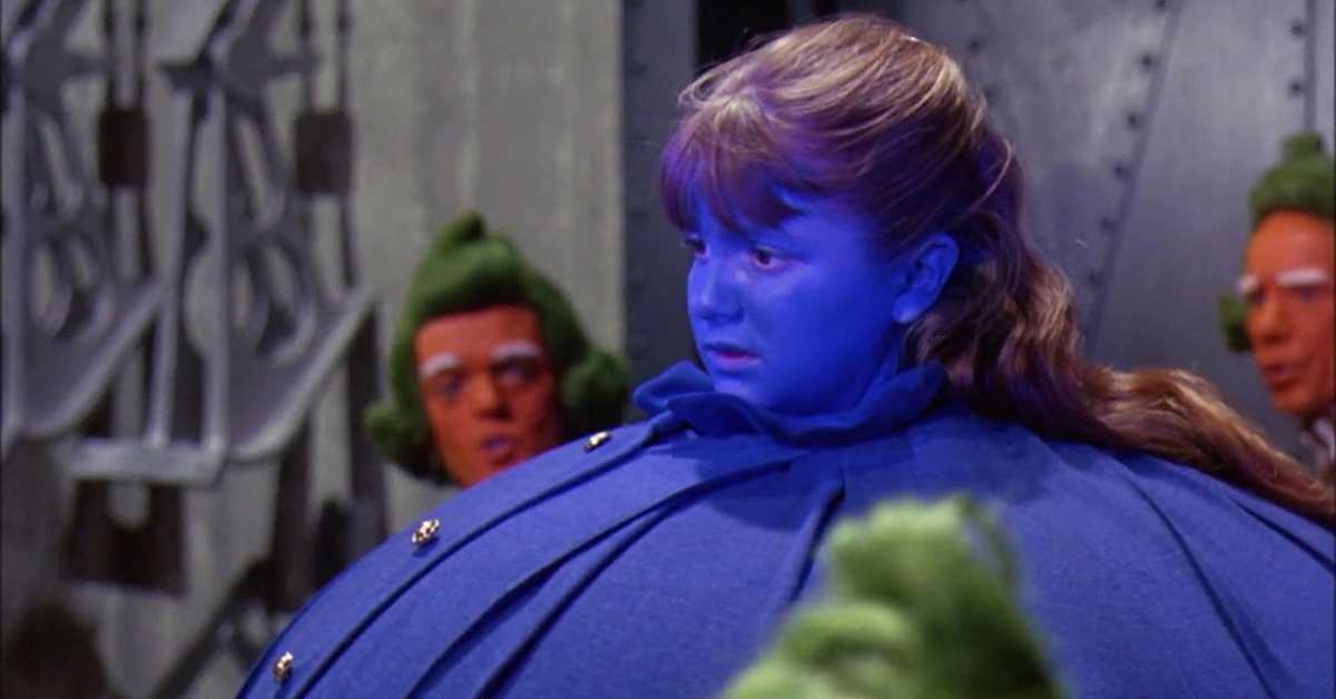 denise nickerson as violet with oompa loompas