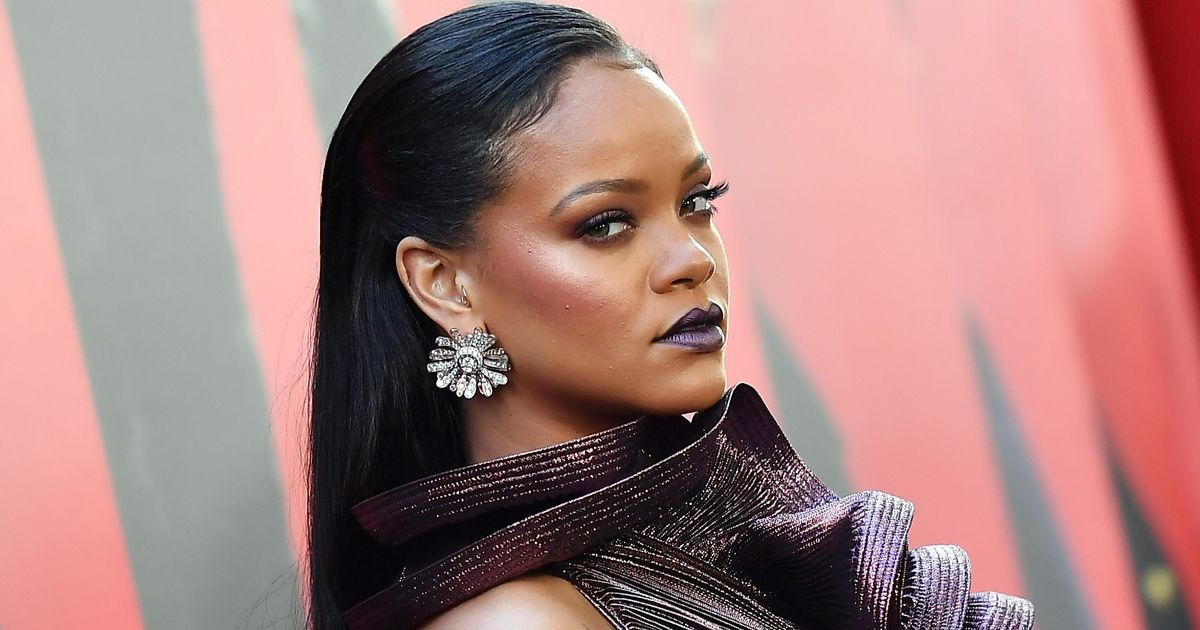 Rihanna attends the World Premiere of OCEANS 8