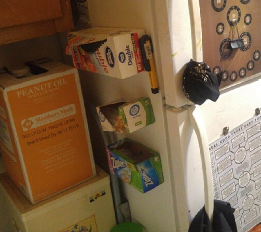 use magnets to stick boxes to the fridge