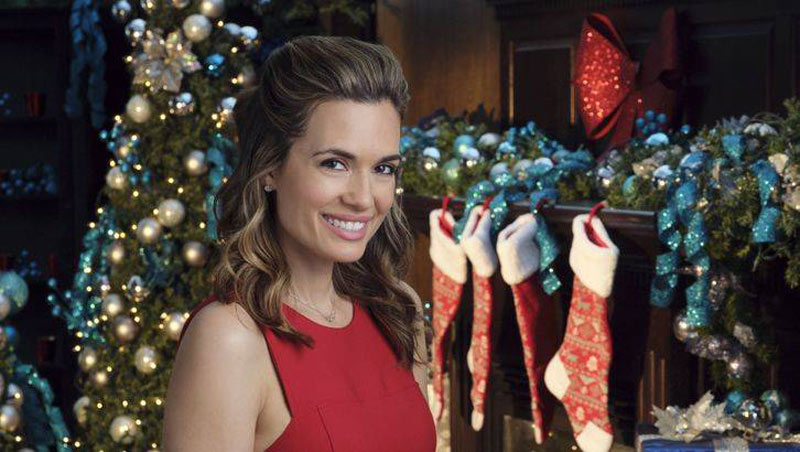 Recently Single Jessica Gives Thanks In Write Before Christmas