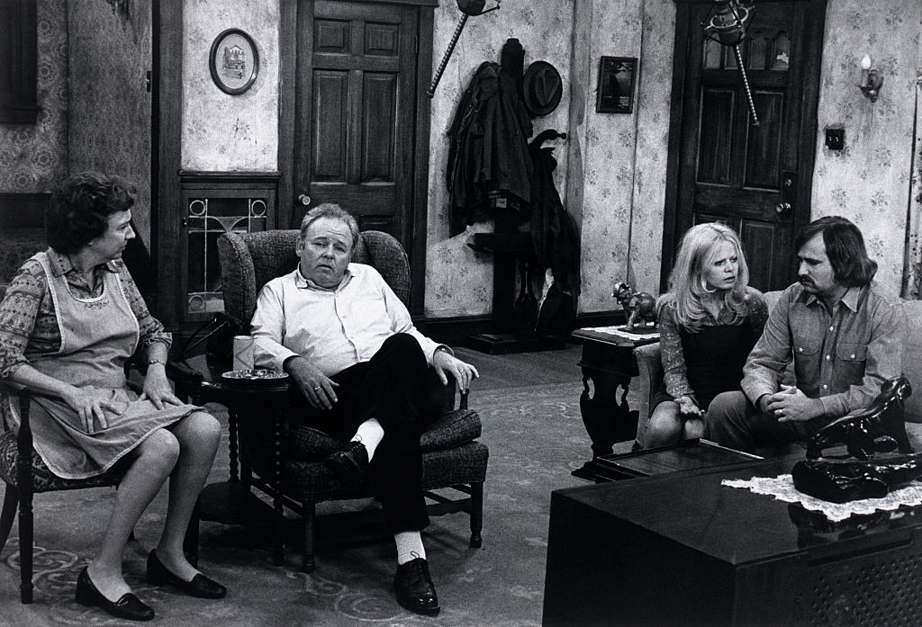 Jean Stapleton, Carol O'Connor, Sally Struthers, and Rob Reiner in a scene from the T.V. series 'All in the Family.'