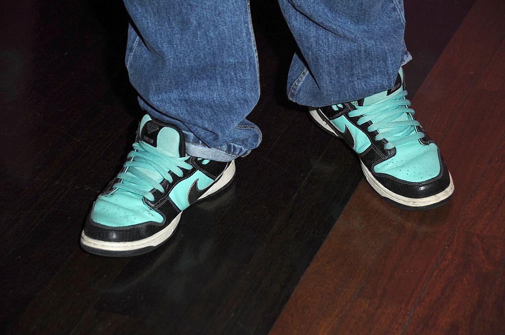 chumlee loves sneakers