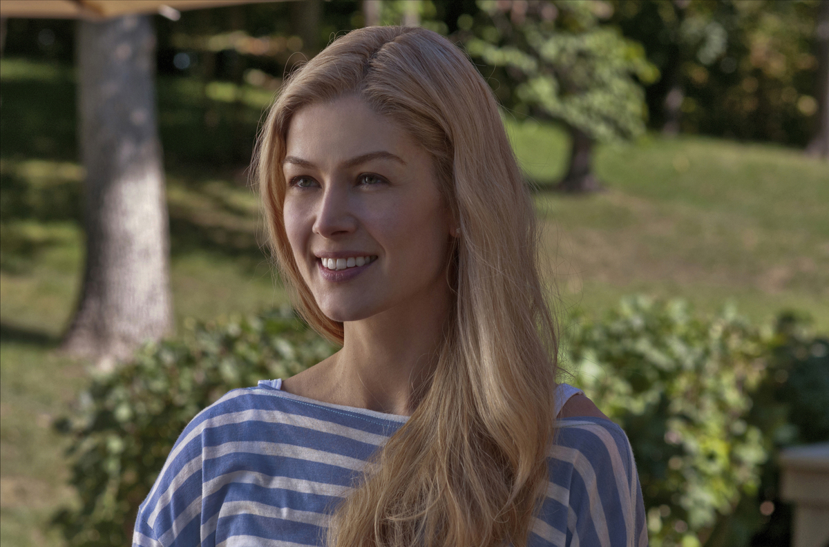 Gone Girl Is A Whole Lot Of Crazy Wrapped Up In One Woman