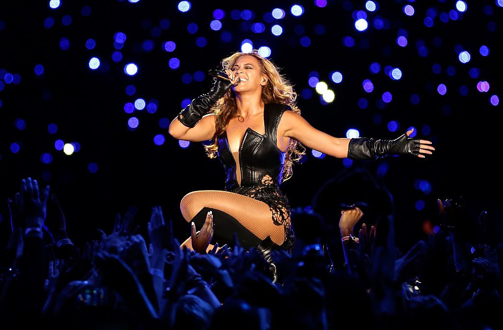 Beyonce performs at the 2013 Super Bowl.