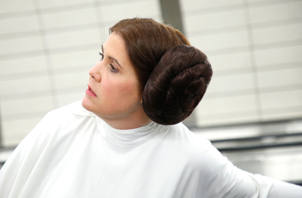 a woman dressed as princess leia from star wars
