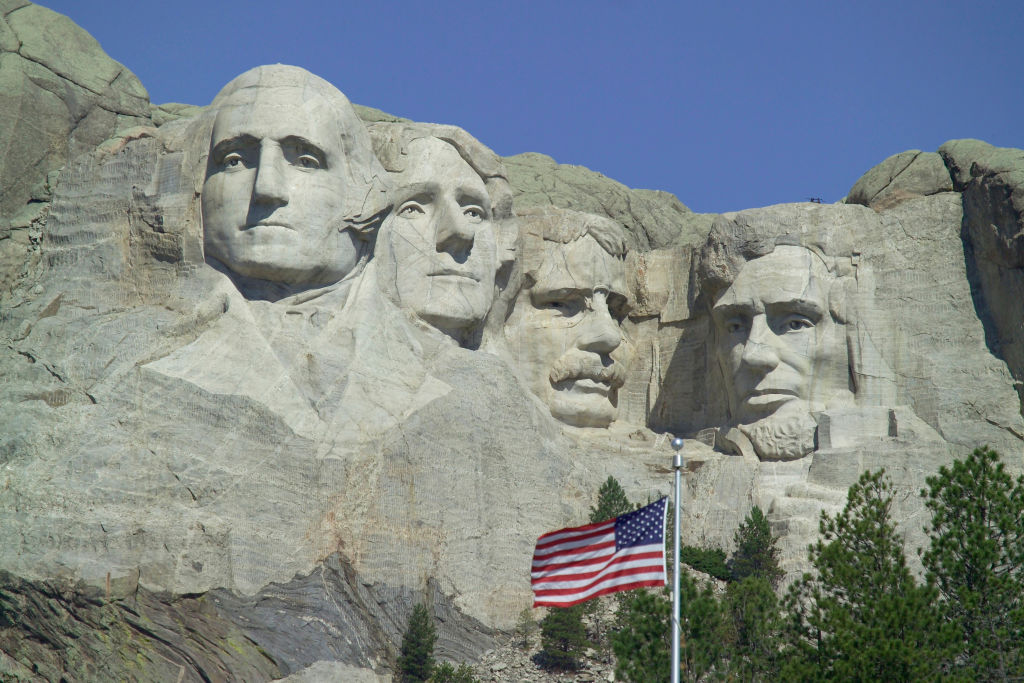 Carved faces of presidents at Mount Rushmore