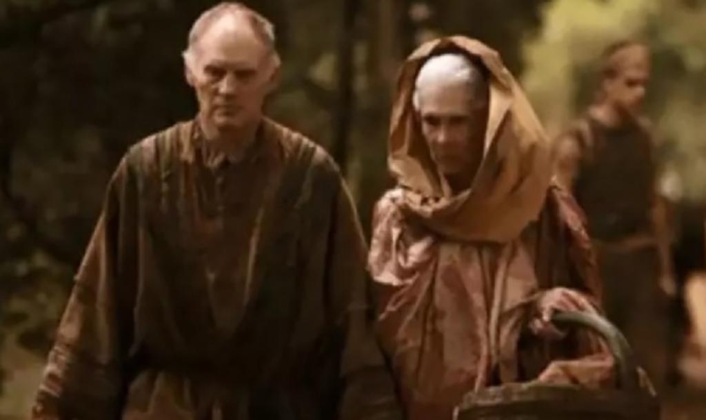 Parents dressed as peasants