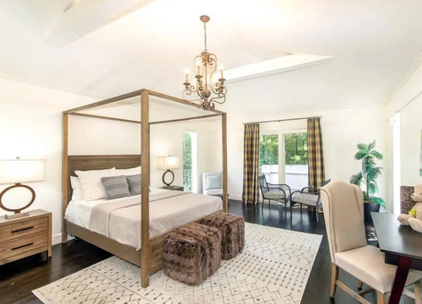 serena-williams-mansion-bedroom-1