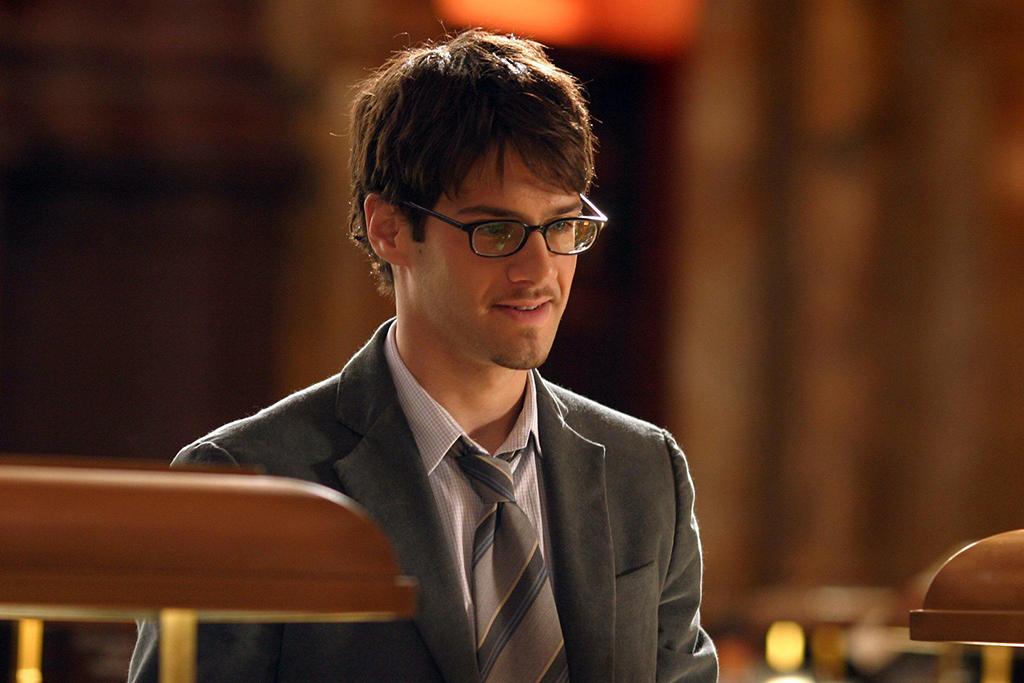 Justin Bartha as Riley