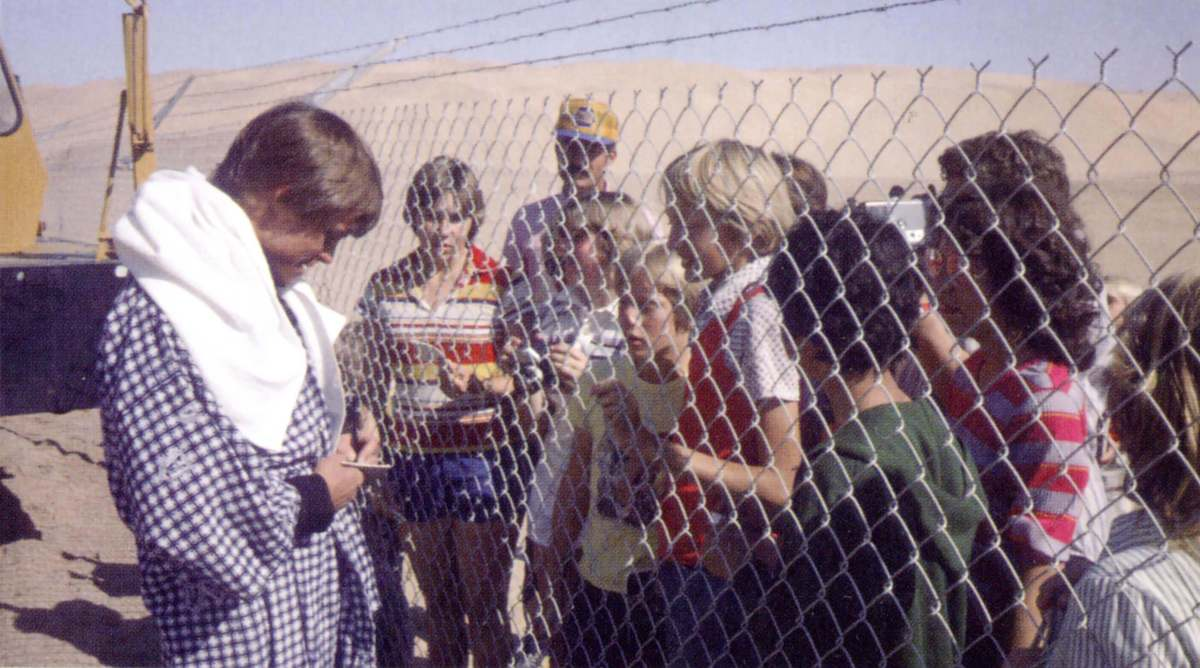 Mark Hamill Signing Autographs On A Closed Set