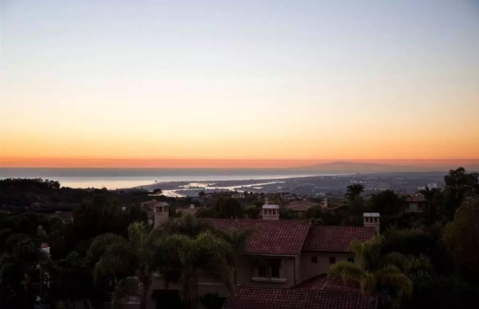 kobe-bryant-mansion-sunset