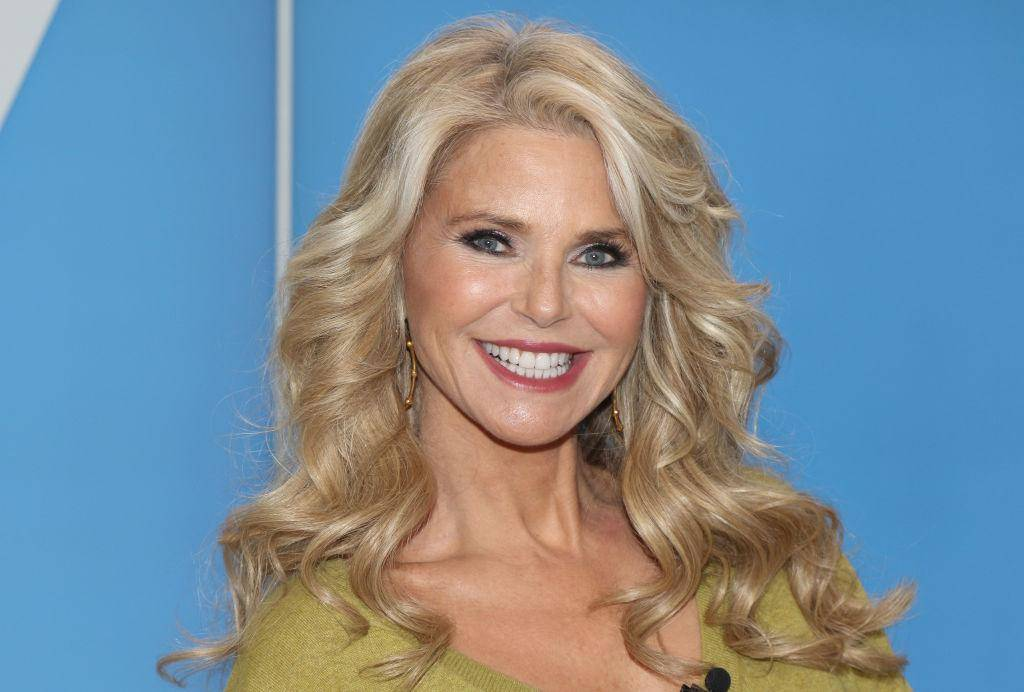Christie Brinkley Only Has A Few Gray Hairs, But She Still Covers Them Up