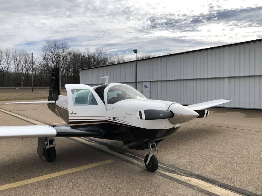 M20 Jet