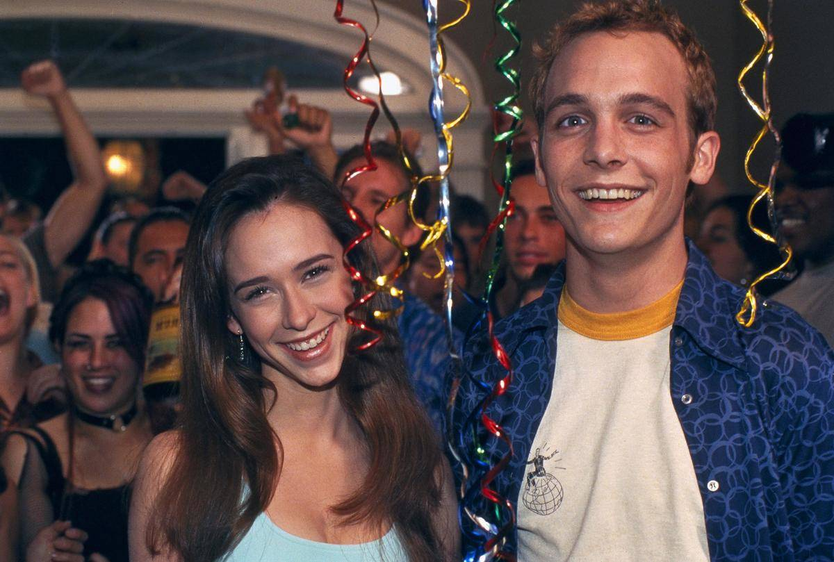 Jennifer Love Hewitt and Ethan Embry in can't hardly wait