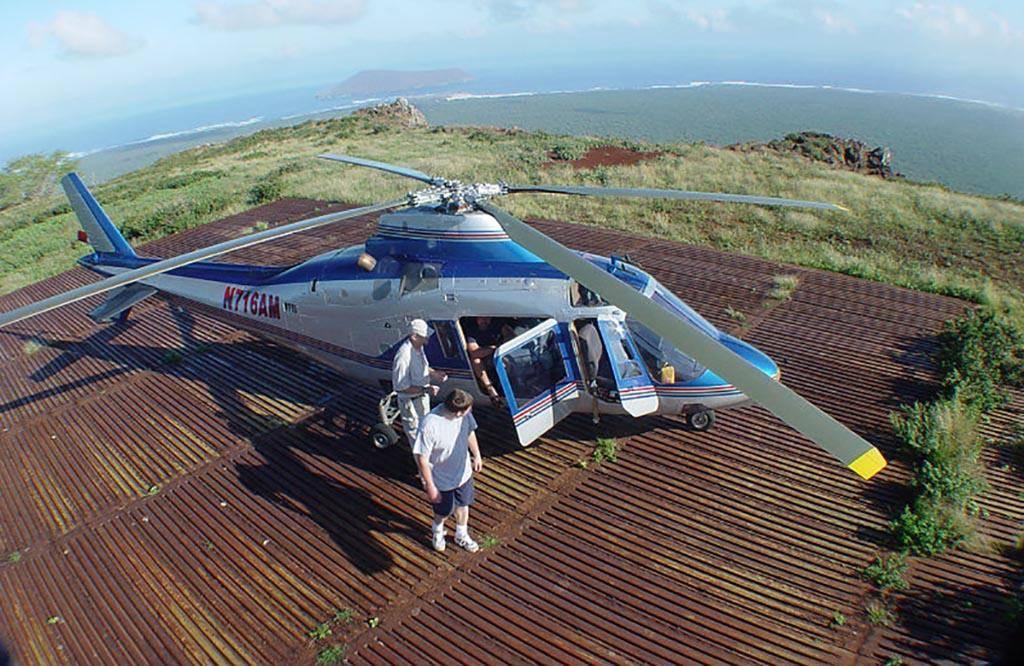 birds-eye-view-helicopter-niihau-hawaii-34170