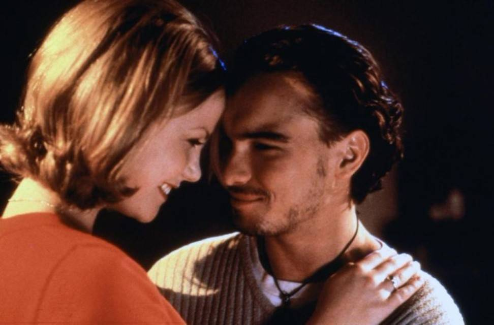 Johnny Galecki Dated Actress Laura Harris In The Late 90s