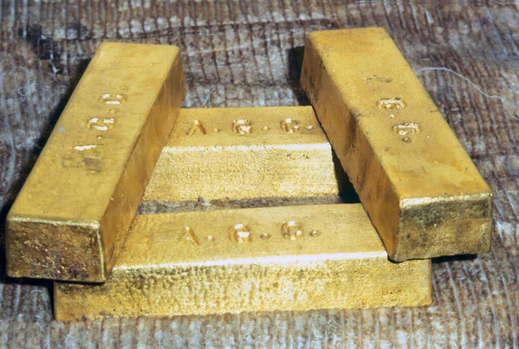 A French Couple Found Gold In Their Garden