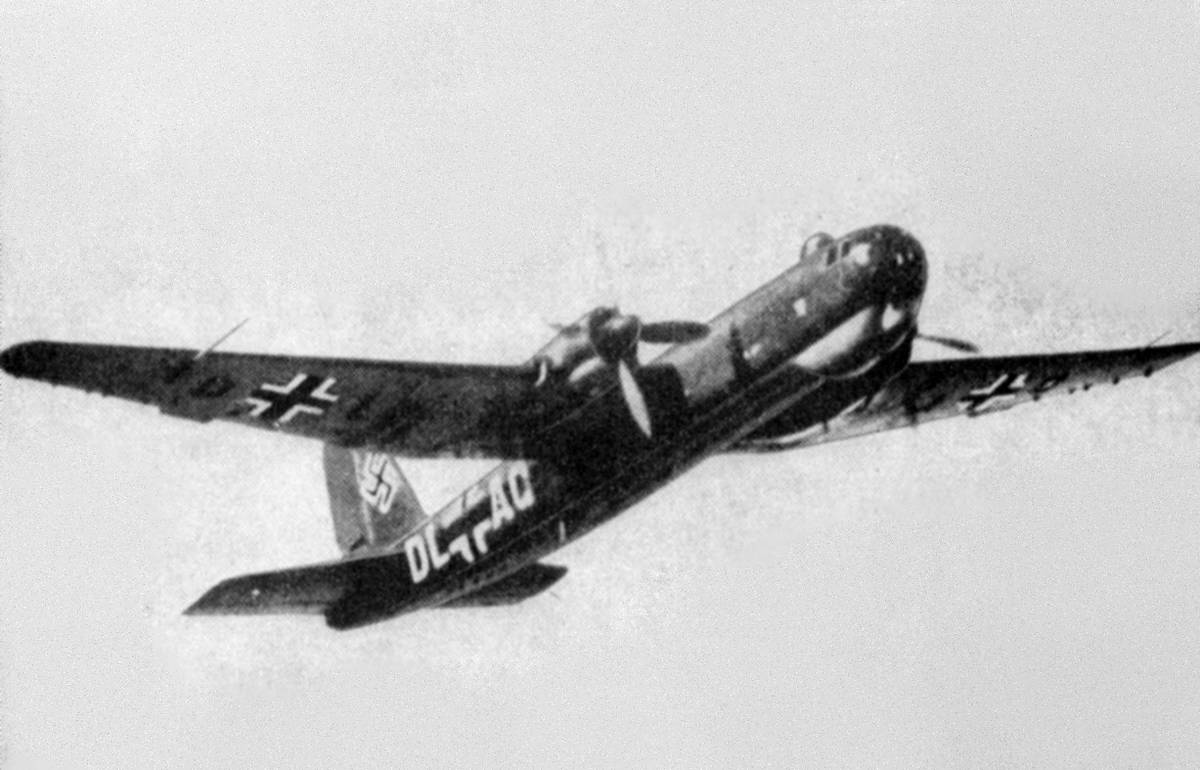 The Heinkel He177 Greif flies.