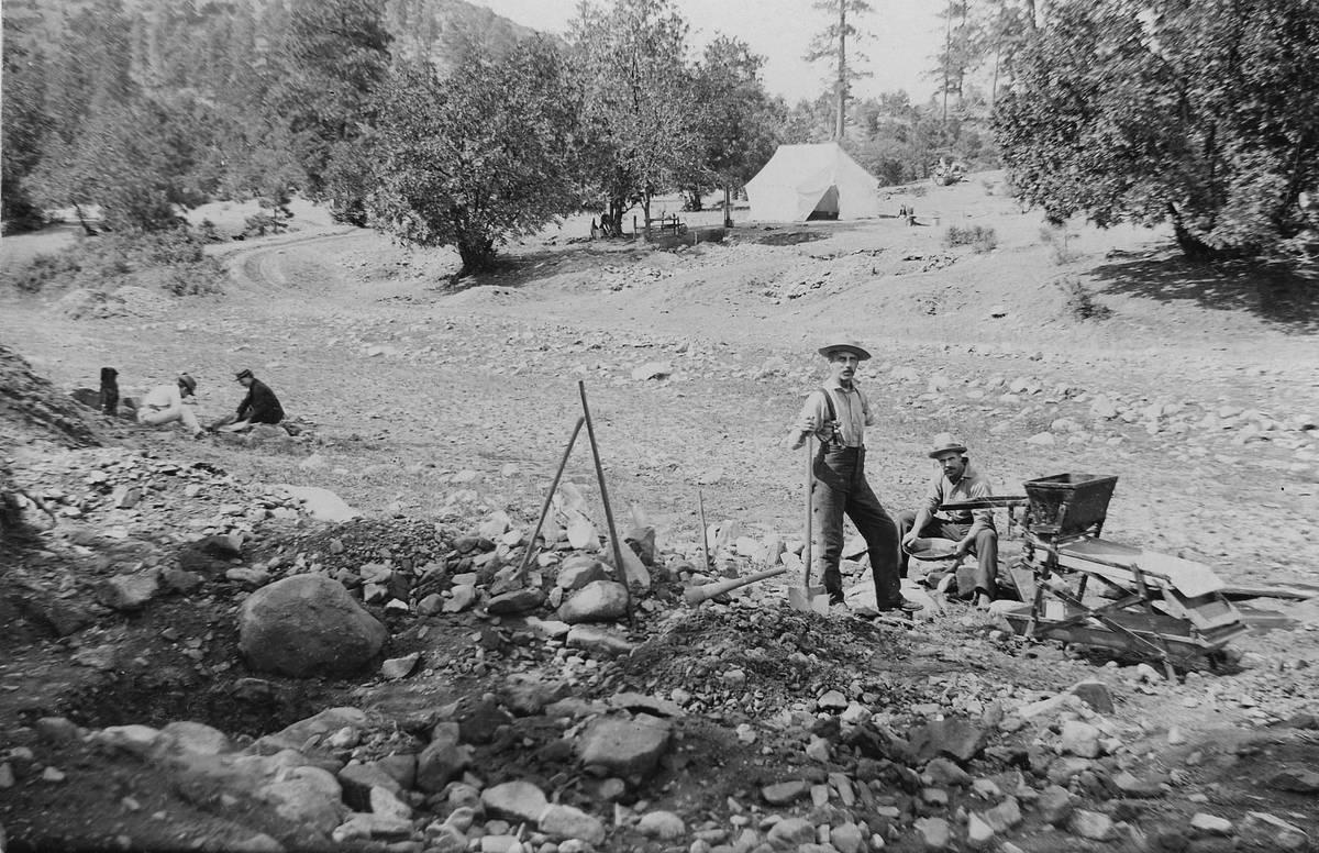 Placer Mining Miners In Prescott, Arizona Territory