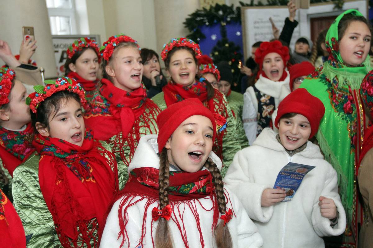 Christmas Caroling Comes From Wassailing