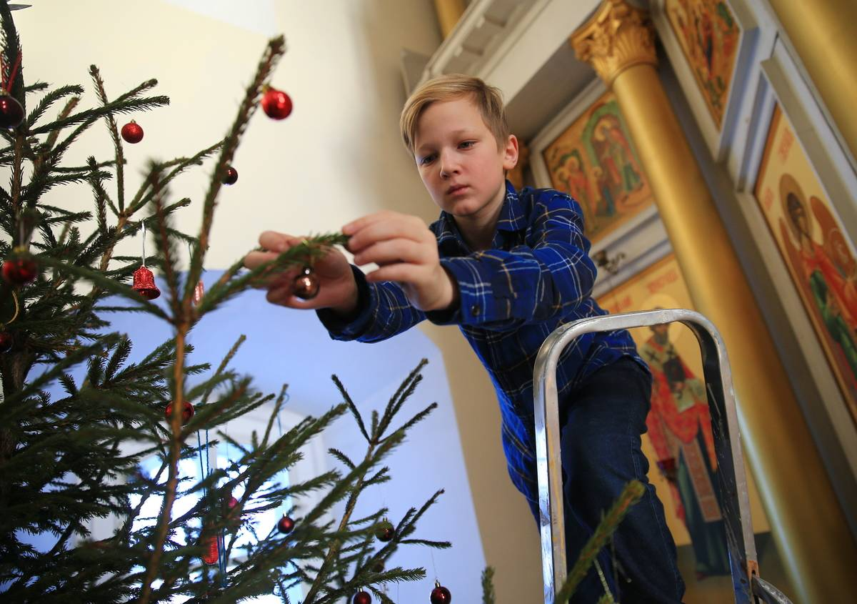 Christmas Tree Decorating Originated In Germany