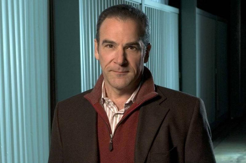 Mandy Patinkin Stopped Showing Up To The Criminal Minds Set